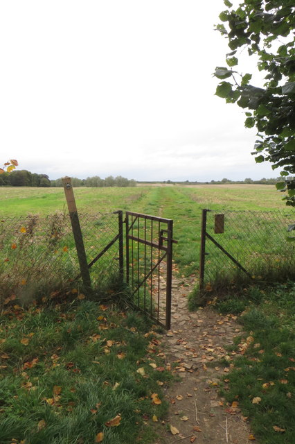 Gate on to the Ouse Valley way