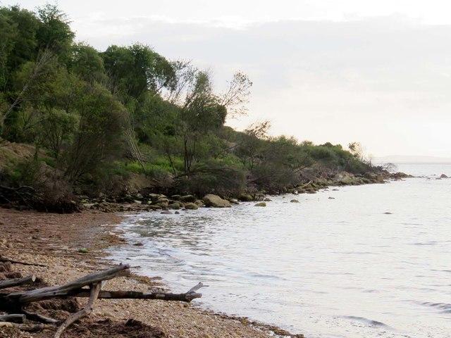 The shoreline in Totland