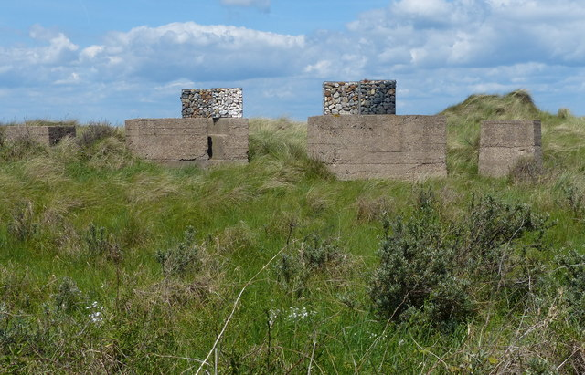 Tank blocks at Spurn Point