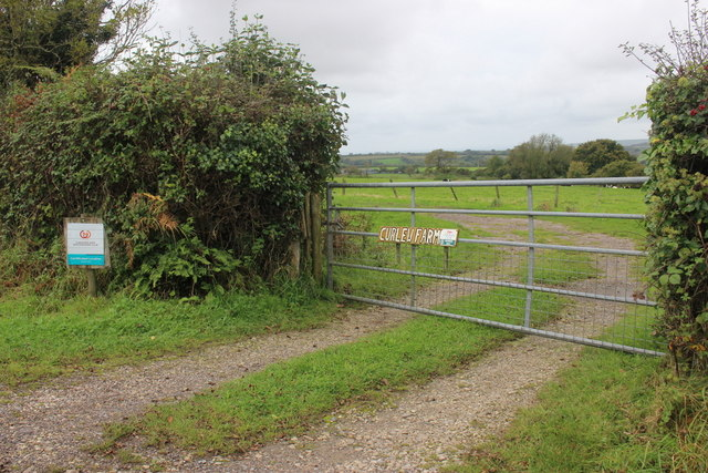 Gateway to Curlew Farm Carvan Site
