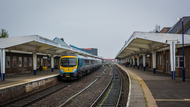 Class 185 DMU at Middlesbrough Station
