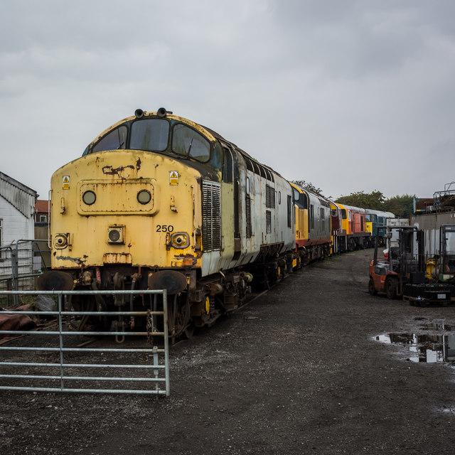 Engines awaiting restoration at Leeming Bar