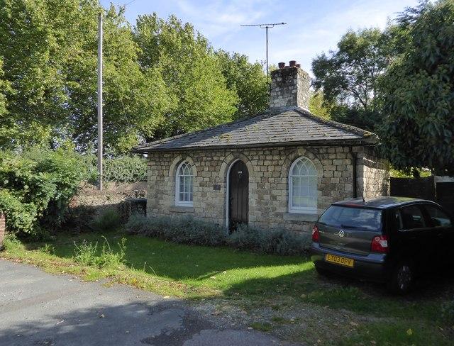 Stone-built lodge, Blacklands
