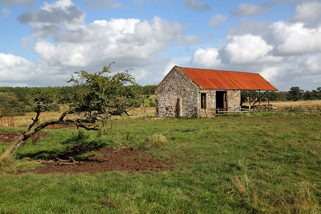 A farm storage building at Bogside