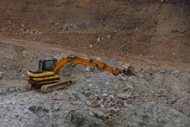 Digger in the Clibberswick quarry