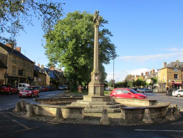 War Memorial, Moreton in Marsh