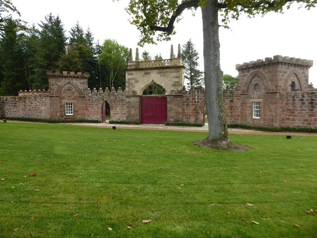 The Temple Gate, Dumfries House Estate