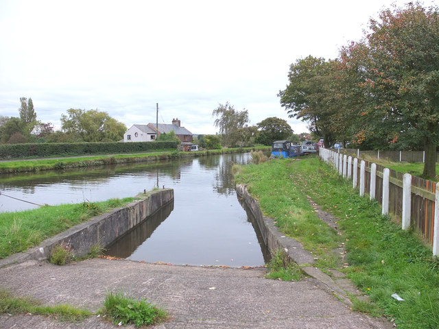 The slipway on the Leeds - Liverpool Canal at Crabtree Lane Bridge