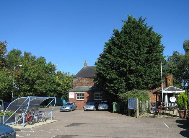 Car park, Wymondham Station