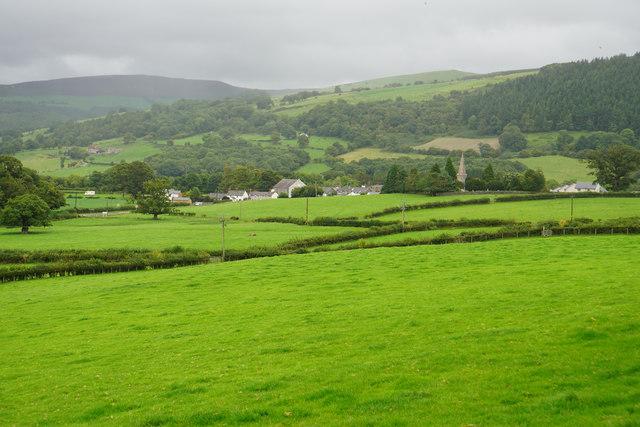 Fields below Ty'n-y-ffrîdd