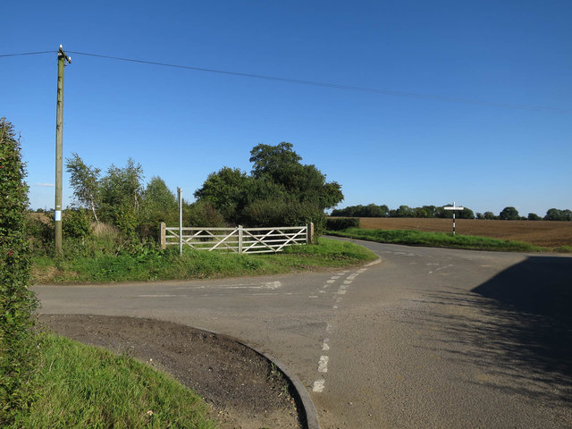 Road junction by Red Barn