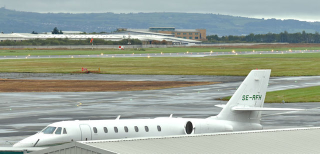 SE-RFH, Belfast City Airport (October 2017)