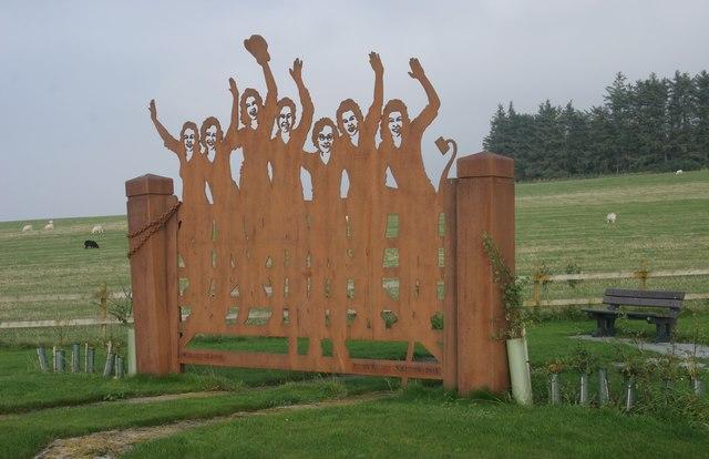 Women's Land Army Memorial, Clochan