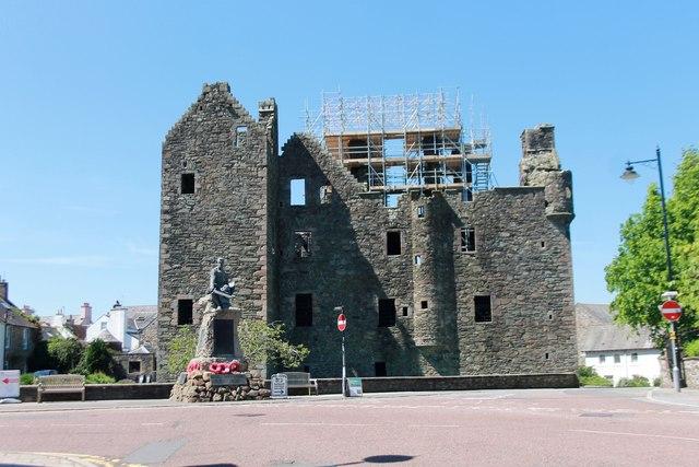 Mac Lellan's Castle