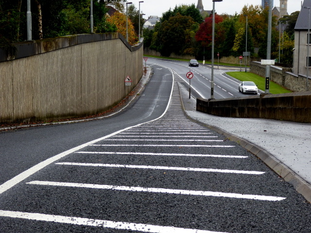 Slip road, Omagh