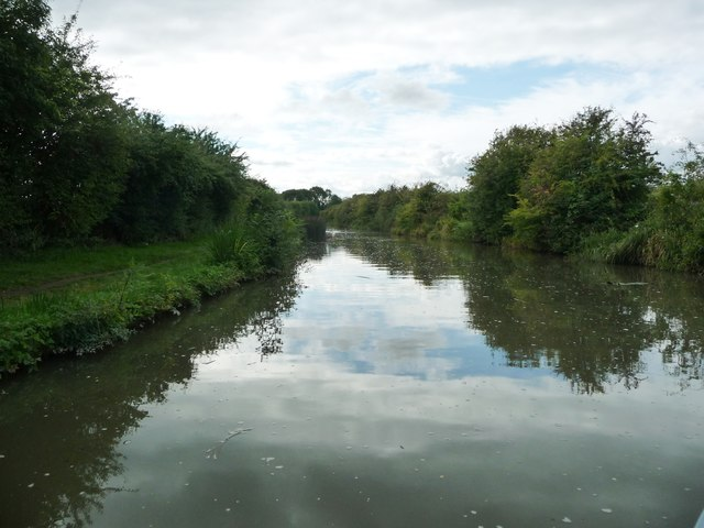 Grand Union Canal [Leicester section], looking west