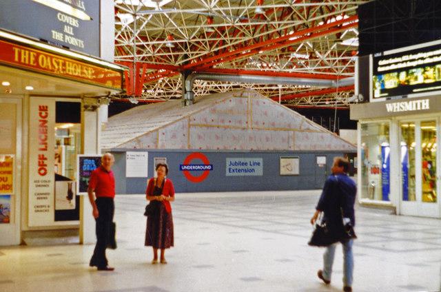 London Bridge station, concourse 1996