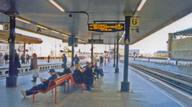 London Bridge station, Eastern section, 2001
