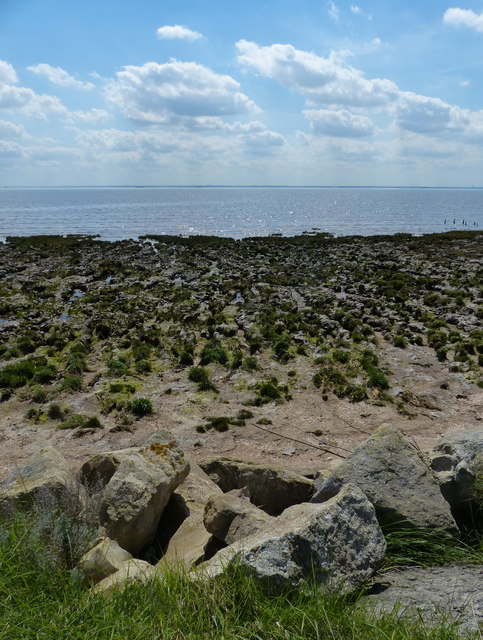 Humber shoreline at Winsetts Clough