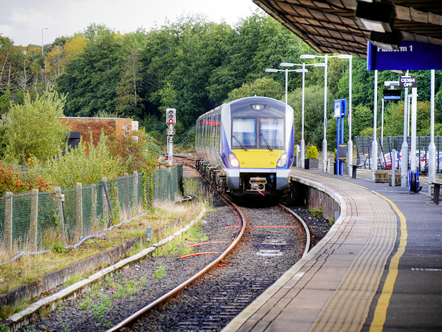 DMU Arriving at Derry
