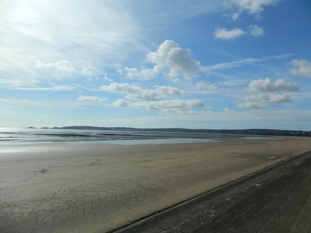 The beach, Swansea Bay