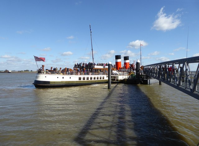 Paddle-steamer 'Waverley' at Gravesend Town Pier, October 2017