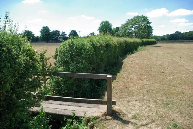 Footbridge over small ditch near Dean Farm