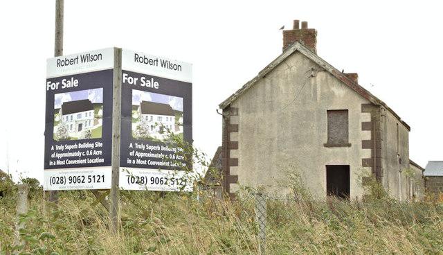 Derelict house, 103 Moneyrea Road, Moneyreagh - October 2017(2)