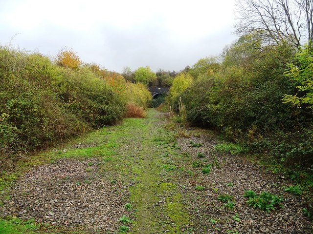 Approaching the southern portal of Hunting Butts Tunnel