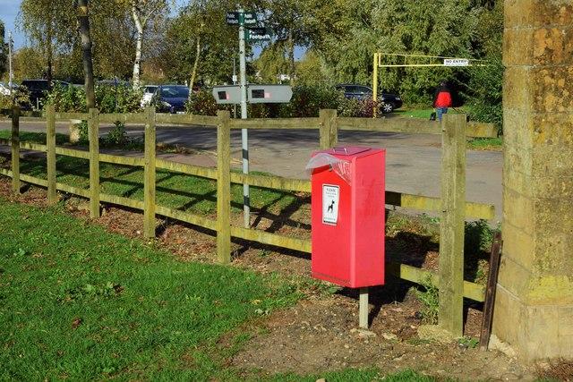 Fingerpost, Gander Lane, Tewkesbury, Glos