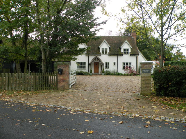 Harcamlow House