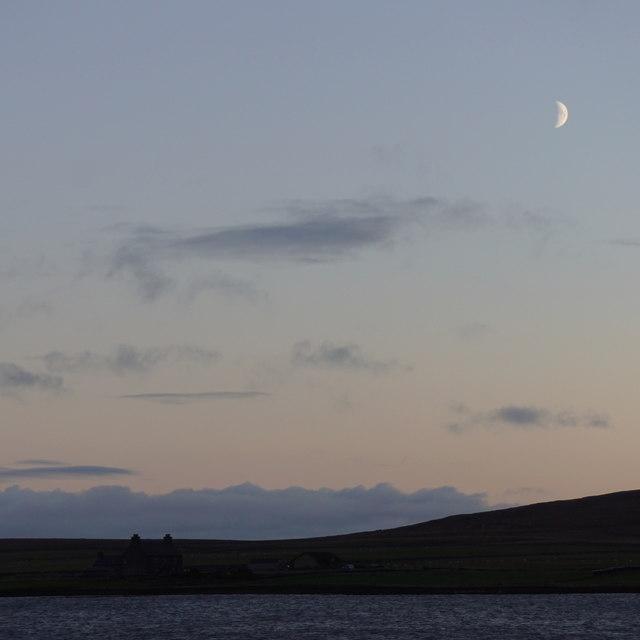 Moon over Ordaal House, Baltasound