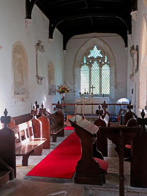 Newnham: St Vincent - the chancel