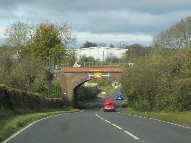 Railway Line to Paddington Over B4084 (2)