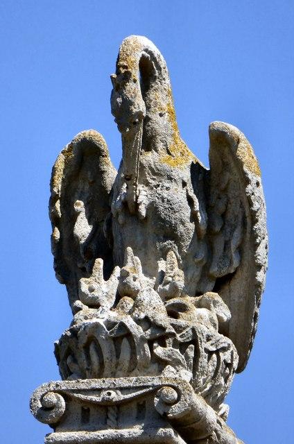 Heraldic pelican