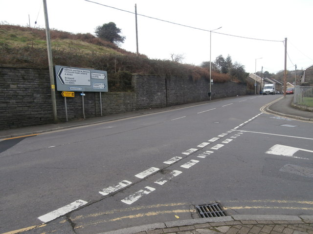 Junction of Waunrhydd Rd and Penrhiwfer Rd, Tonyrefail