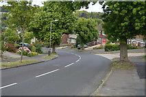 SU8693 : Hughenden Avenue by N Chadwick