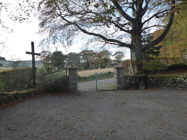 Gated vehicular egress from Midmar Kirkyard