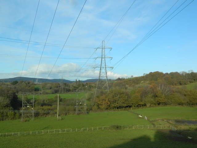 Power lines and pasture, near Llwyn-y-brain Farm