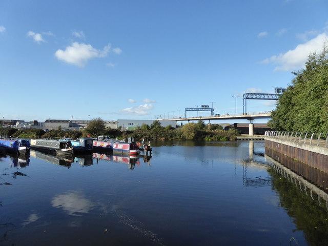 Narrowboats, River Don and A19