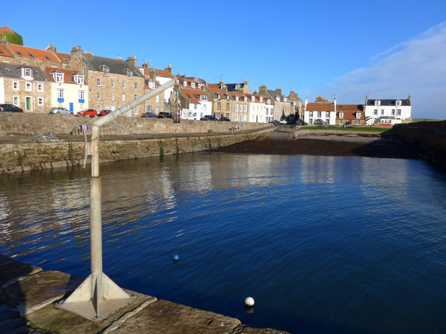 High tide at the harbour in Cellardyke
