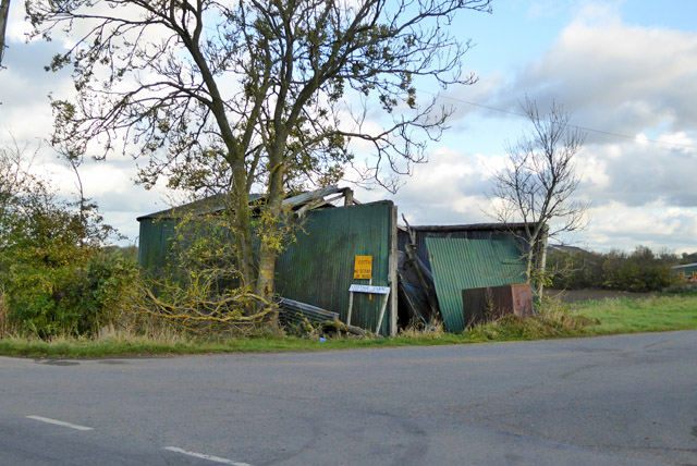 Collapsed shed, Graveley