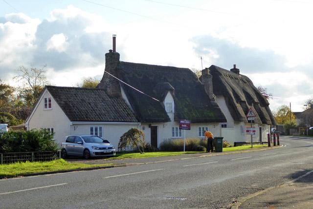 Thatched cottages, Potton Road, Hilton
