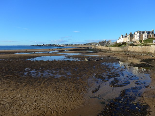 Elie Harbour near low tide