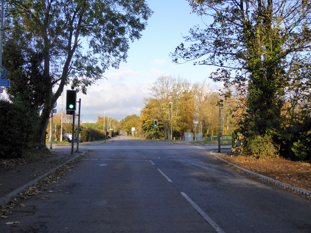 Guided bus way crossing of Station Road, Swavesey