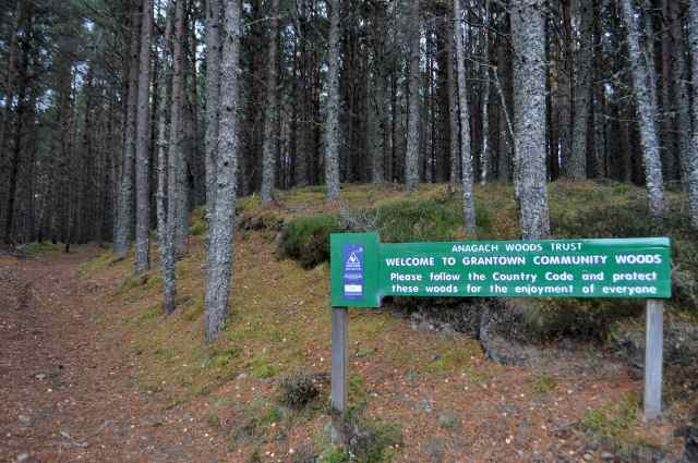 Entrance to Anagach Woods