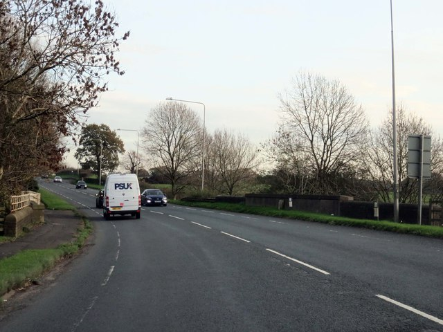 Garstang Road crosses Cardwell Bridge