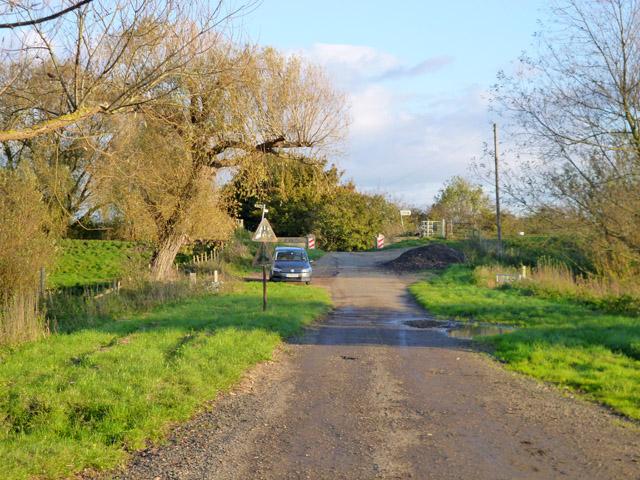 Chain Road, Overcote