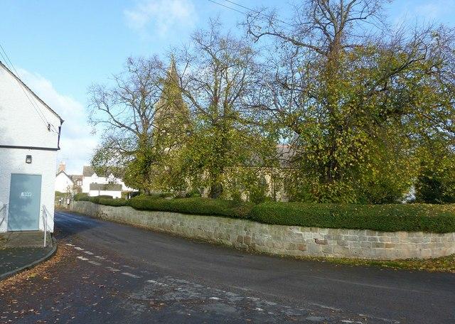 Findern churchyard wall