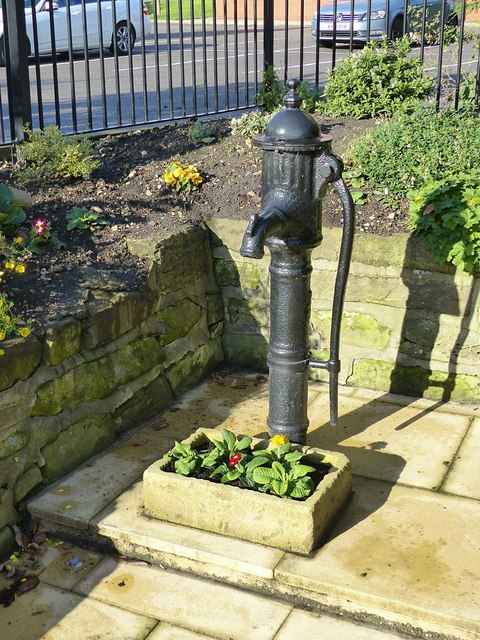 Findern village pump